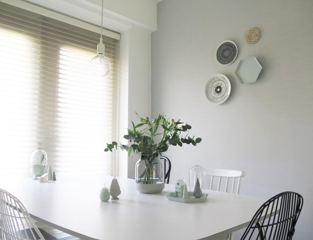 Muuto elevated vase dining table